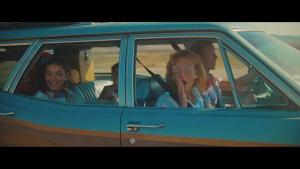 Toyota Hybrid💚❤️ Eteenpäin ja ohi. Tule Juhan Autoon tutustamaan upeaan mallistoon!  #juhanauto #oulu #kuusamo #raahe #kemijärvi #toyotasuomi