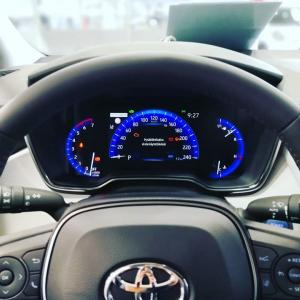 Toyota tuntuu ja näyttää hyvältä - myös kuskin paikalta 👌😊🚙  #juhanauto #oulu #kuusamo #raahe #kemijärvi #toyotasuomi