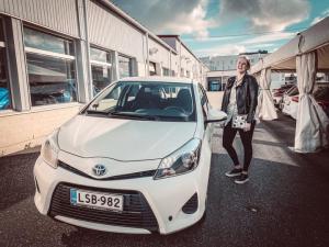 Tänään iloinen asiakas sai ensi-autonsa, Onnea! 🤩  🚙Toivotamme turvallisia kilometrejä hybridin puikoissa!🚗  #juhanauto #oulu #k...